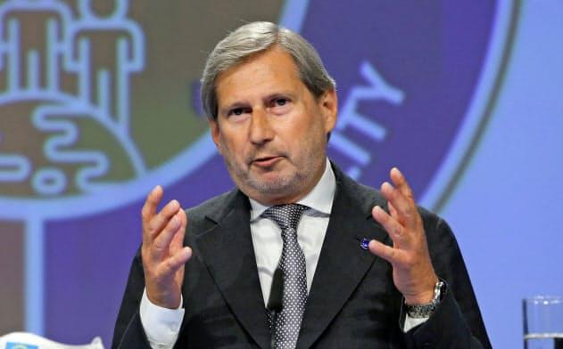 欧州委員会のヨハネス・ハーン委員(予算担当)はFTとのインタビューで在欧州企業7万社に影響が及ぶ課税の可能性について言及した=ロイター