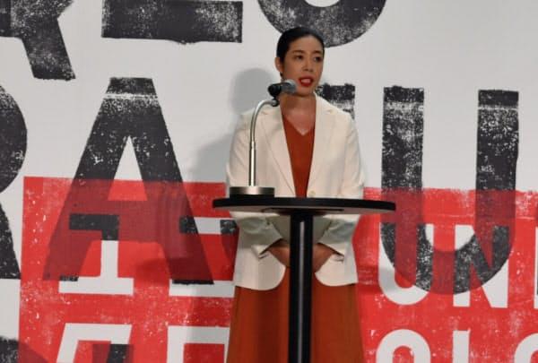 「原宿は象徴的な場所」と語るユニクロの赤井田真希CEO(3日、東京都渋谷区)