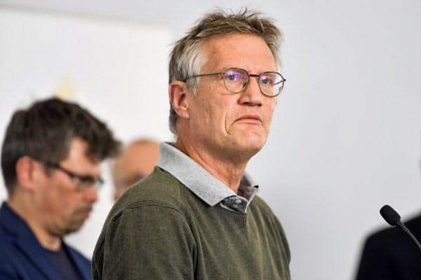 スウェーデン政府の疫学者テグネル氏は、都市封鎖をしない同国の政策について「改善の余地がある」と述べた=AP