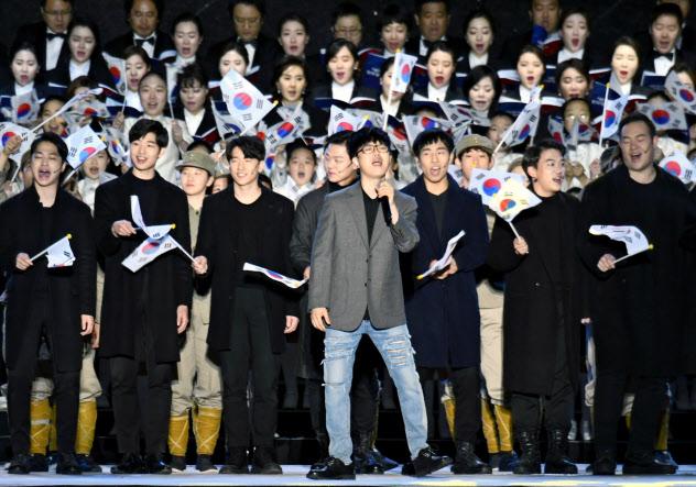 韓国のタレントは幼い頃から歌やダンスなどの厳しいレッスンを積むケースが多い(2019年4月、ソウル)=PENTA PRESS