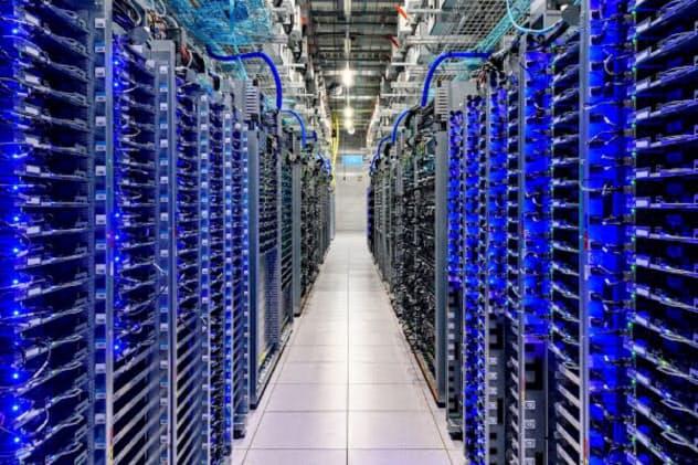 グーグルのデータセンター(同社提供)