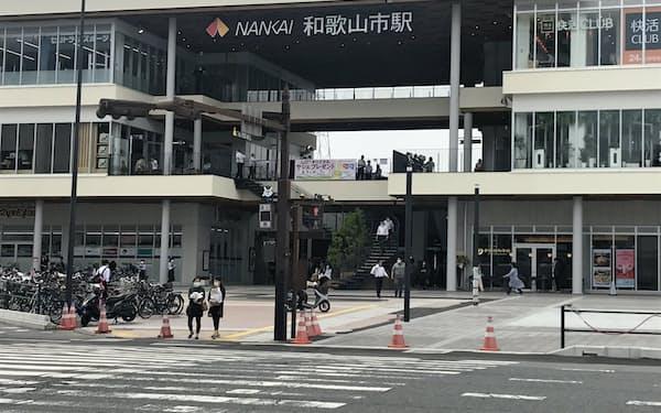 和歌山市の玄関口の新たな目玉施設となるキーノ和歌山(5日)