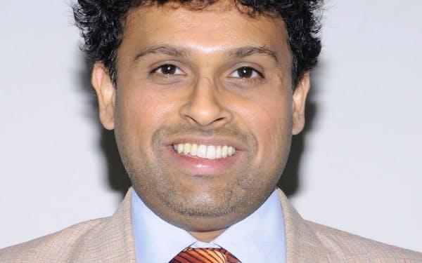 Sreeram Chaulia 米シラキュース大博士(政治学)。ジンダル・グローバル大国際関係学部トップを務める。スリランカなどで民間の停戦監視員の経験もある。専門は外交政策など。