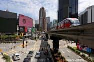 マレーシアは5月4日から大半の経済活動を再開している=ロイター
