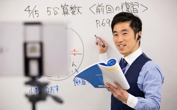 京進はリアルタイムで生徒とやり取りができる双方向型オンライン授業を本格導入する