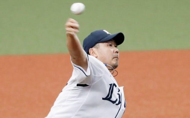 中日との練習試合に登板し、1回無失点の西武・松坂(7日、メットライフドーム)=共同