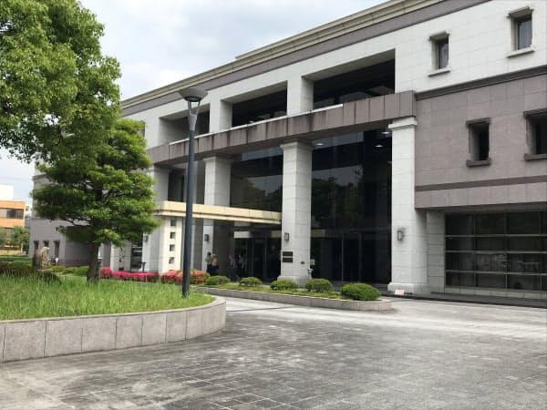 青葉真司容疑者の勾留理由開示が行われた京都地裁(9日午後、京都市中京区)