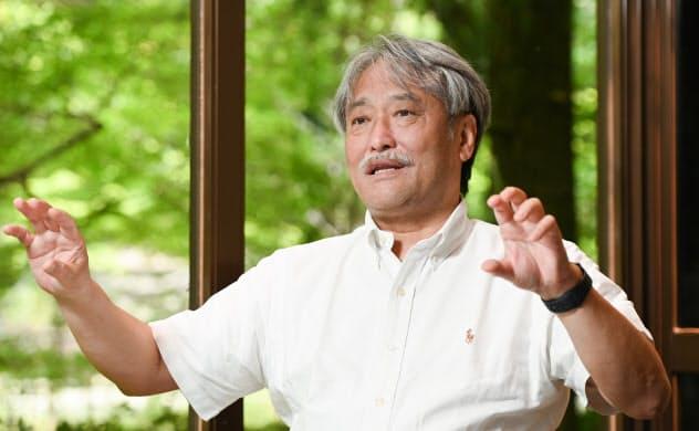 かない・ひろのぶ 1955年兵庫県生まれ。81年株式会社御所坊社長に就任。御所坊は1191年の創業とされ、金井氏は家系図が残る江戸期以降で15代目の主人。2016年有馬温泉観光協会会長に就任。観光庁の「観光カリスマ」にも選ばれた。
