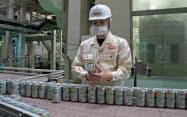 「淡麗グリーンラベル」など糖質の少ない発泡酒の販売が伸びている(仙台市のキリンビール仙台工場)