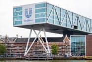 従業員や事業の変更はしない(オランダ・ロッテルダムの本社)=ロイター