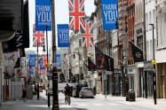 英経済は長引く外出制限で甚大な打撃を受けている(5月26日、ロンドン)=ロイター