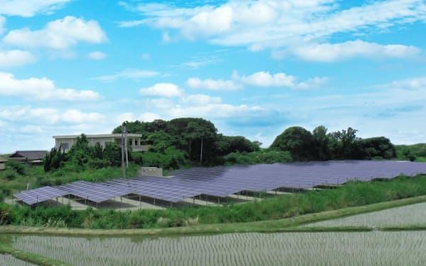 太陽光発電の拡大もスポット価格低下の要因に(兵庫県洲本市のエコスタイルの発電設備)