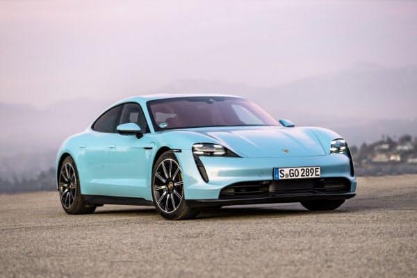 2020/6/22 日経新聞「高級スポーツカーも電動化 ポルシェ、国内で発売」の記事に掲載された画像