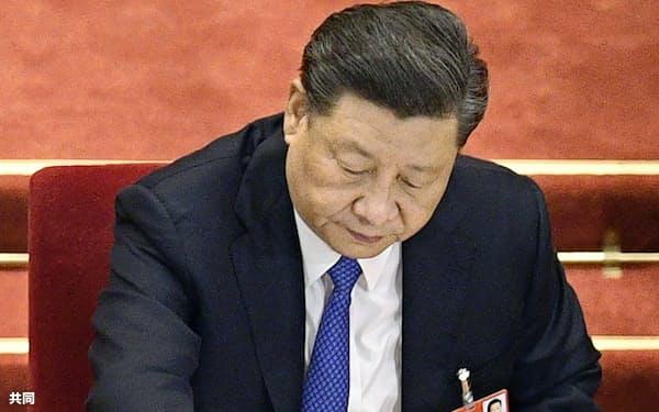 6月15日に67歳の誕生日を迎えた習近平国家主席(北京の人民大会堂で)=共同