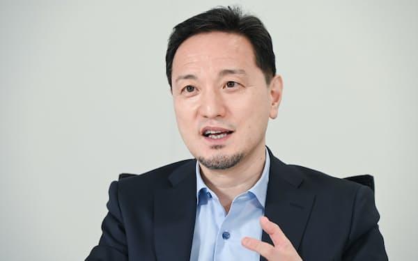 やまぐち・さとし 1965年鹿児島県生まれ。88年日本合同ファイナンス(現・ジャフコ)入社。大阪支店や米国法人で勤務。2005年に退社し、中文産業グループを経て13年にみやこキャピタル設立。スタートアップへの投資や育成を担う。