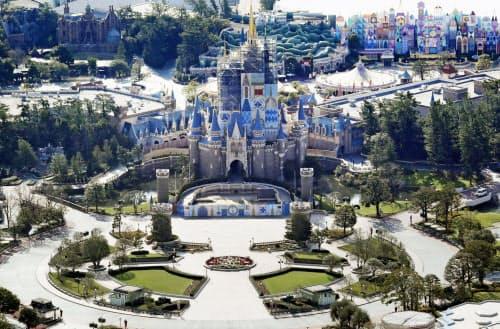 東京ディズニーリゾートの臨時休園は年換算で約1500億円の資金流出になる=共同