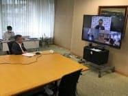 鈴木三重県知事と北村地方創生相の会談はテレビ会議システムで行われた(東京都内)