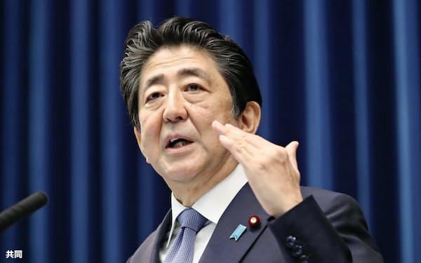 安倍晋三首相は2021年9月までの自民党総裁任期内の憲法改正をめざす(6月18日)=共同