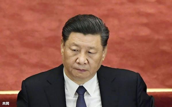 習近平指導部は「香港国家安全維持法」の制定手続きを進める=(共同)