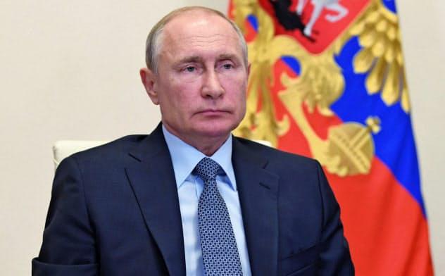 プーチン氏は次期大統領選への出馬の可能性について「排除しない」と述べた=ロイター