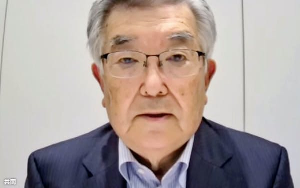 臨時12球団代表者会議後、オンラインで記者会見するプロ野球の斉藤惇コミッショナー(22日)=共同