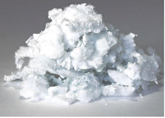 「サーマルナイト」は単結晶の窒化アルミニウム素材で放熱性が高いという