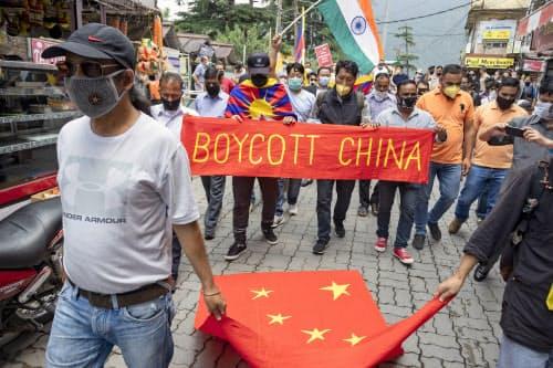 インドでは中国への反発が強まっている=AP