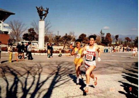 周囲の期待と裏腹に腰の故障で結果を残せなかった(高校2年時の10キロロードレースで)