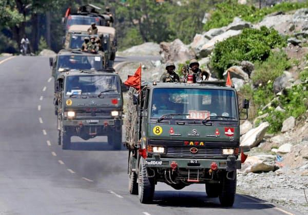インドは中国との係争地域で兵士を増強している=ロイター