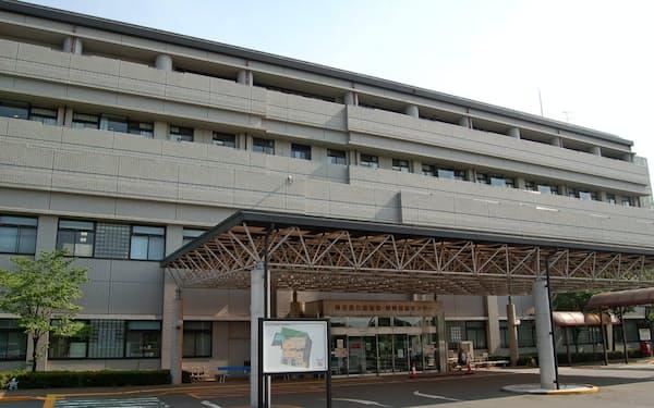 県立循環器・呼吸器病センターは多くのコロナ患者を受け入れてきた(埼玉県熊谷市)