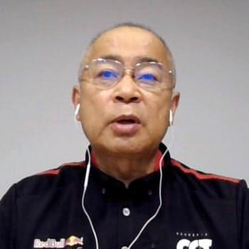 自動車F1シリーズ開幕へ向け、オンラインで意気込みを語るホンダの浅木泰昭PU開発総責任者(23日午後)=共同