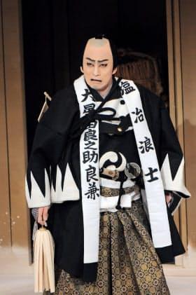 「仮名手本忠臣蔵」の大星由良之助を演じる松本幸四郎(2012年、当時は市川染五郎)(C)松竹