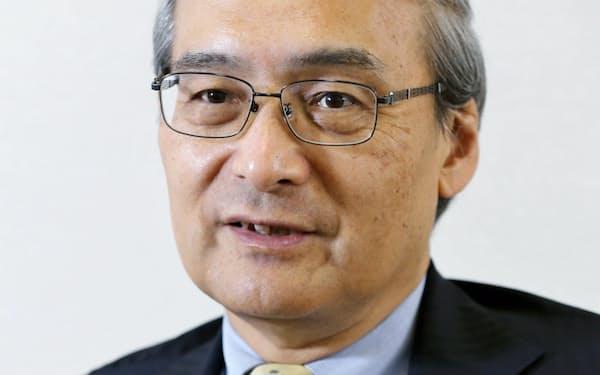 くぼ・ふみあき 東大法卒、同大法学博士。専門は米国政治。63歳。