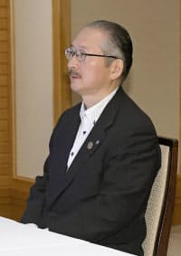 連合の神津里季生会長(26日午前、東京都内のホテル)=共同