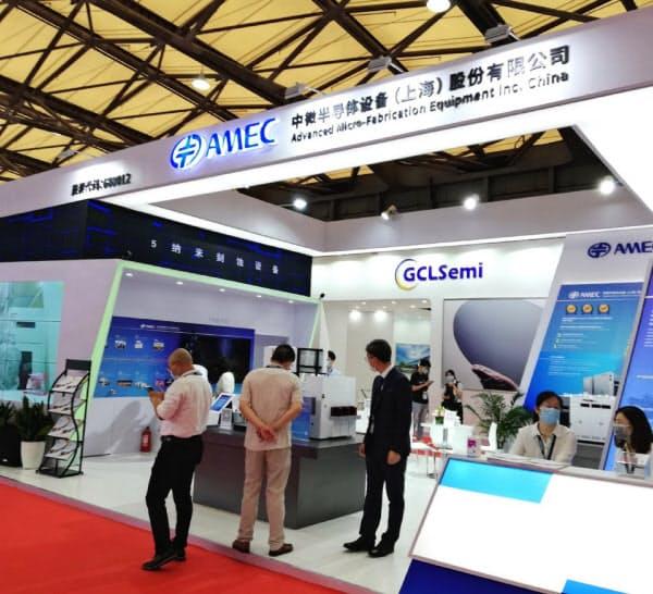 中国はセミコン・チャイナを通じて半導体の国産化をアピールする(27日、上海)