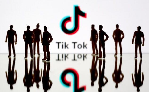 アプリの登場から4年、TikTokのユーザーの発言力が注目され始めた=ロイター