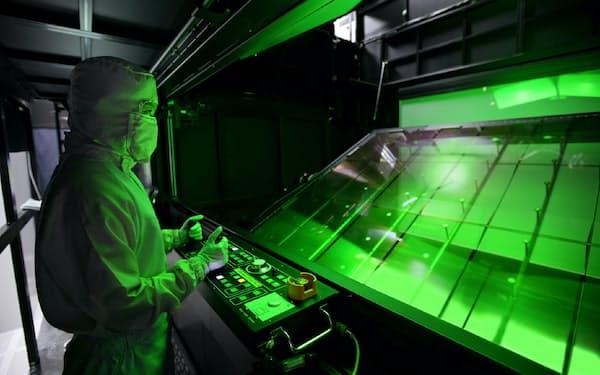 LGディスプレーは液晶パネル生産工程に国産のフッ化水素を導入した(韓国坡州市の同社工場)