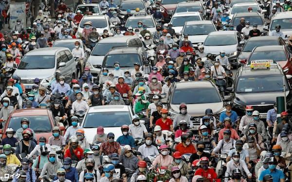ベトナムの国内の経済活動は正常化に向かっている(ハノイ市)=ロイター