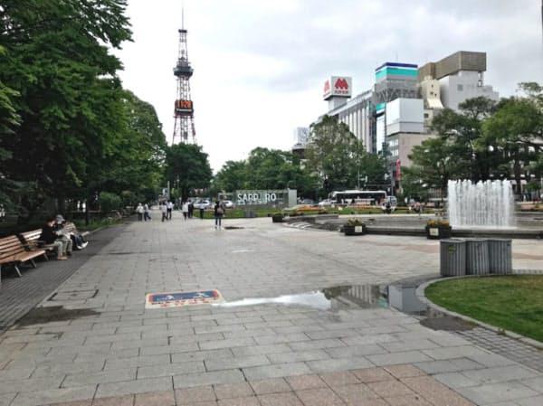 北海道では観光客が少ない状態が続き観光業への打撃が大きい(札幌市の大通公園)