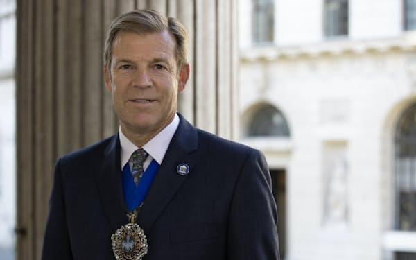 ロンドン金融街シティーの「顔」として活動するラッセル市長