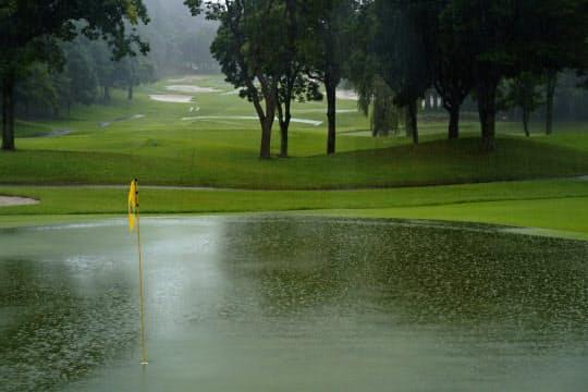 アース・モンダミンカップは大雨で日曜の最終ラウンドが月曜に順延となった=ゲッティ/JLPGA提供