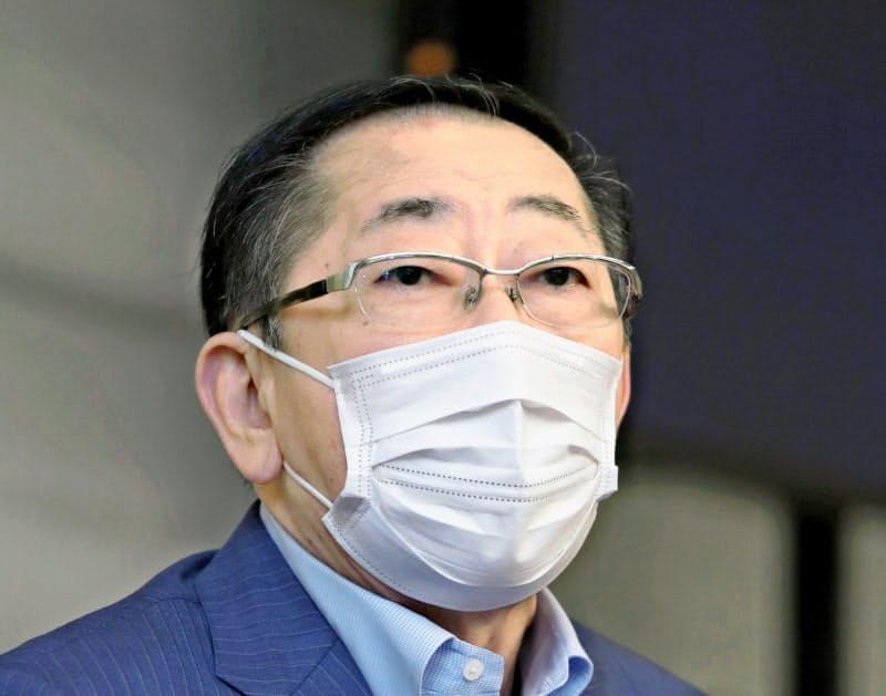 青柳社長は中期経営計画をアフターコロナに即した内容に見直す(写真は23日の株主総会後の会見)