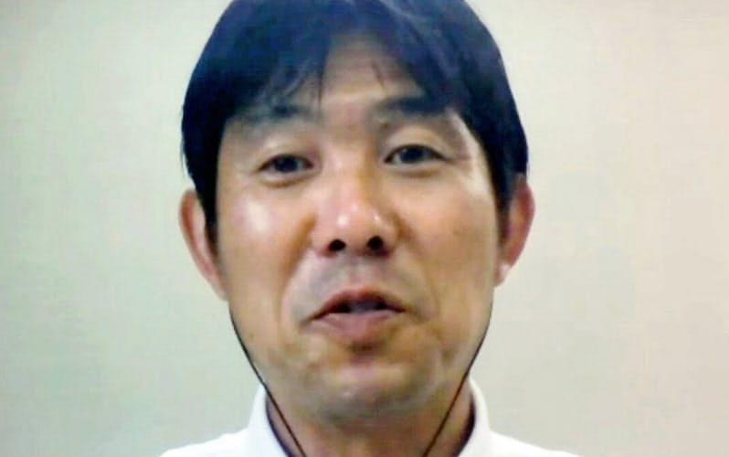 オンラインで取材に応じたサッカー日本代表の森保監督=共同
