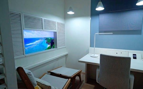 デジタルサイネージや芳香機器で空間を演出する(三井不動産が提供する共用オフィス)