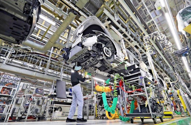 自動車の業況判断は大幅に悪化した(トヨタ自動車元町工場の製造ライン)