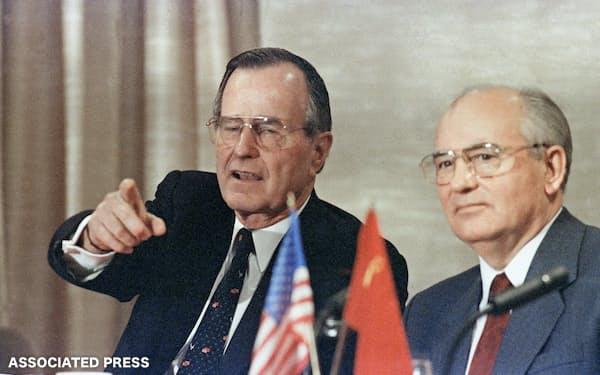 冷戦終結後、米国は迎撃ミサイル開発への傾斜を強めた