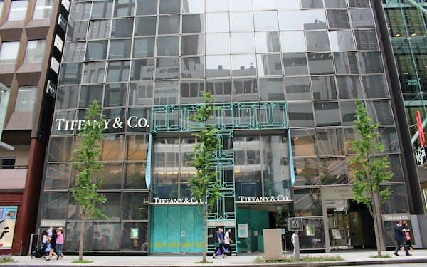 ティファニー銀座本店ビル(3日、東京都中央区)
