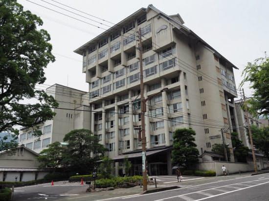 「べっぷの宿 ホテル白菊」外観(6月、大分県別府市)