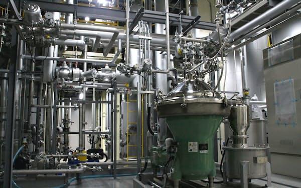 プルランと酵素の生産能力は従来比2倍に向上する(新P棟のプルラン精製室)