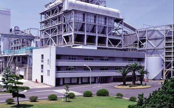 四国電力の西条発電所(愛媛県西条市)